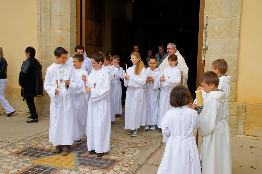 A la sortie de la messe