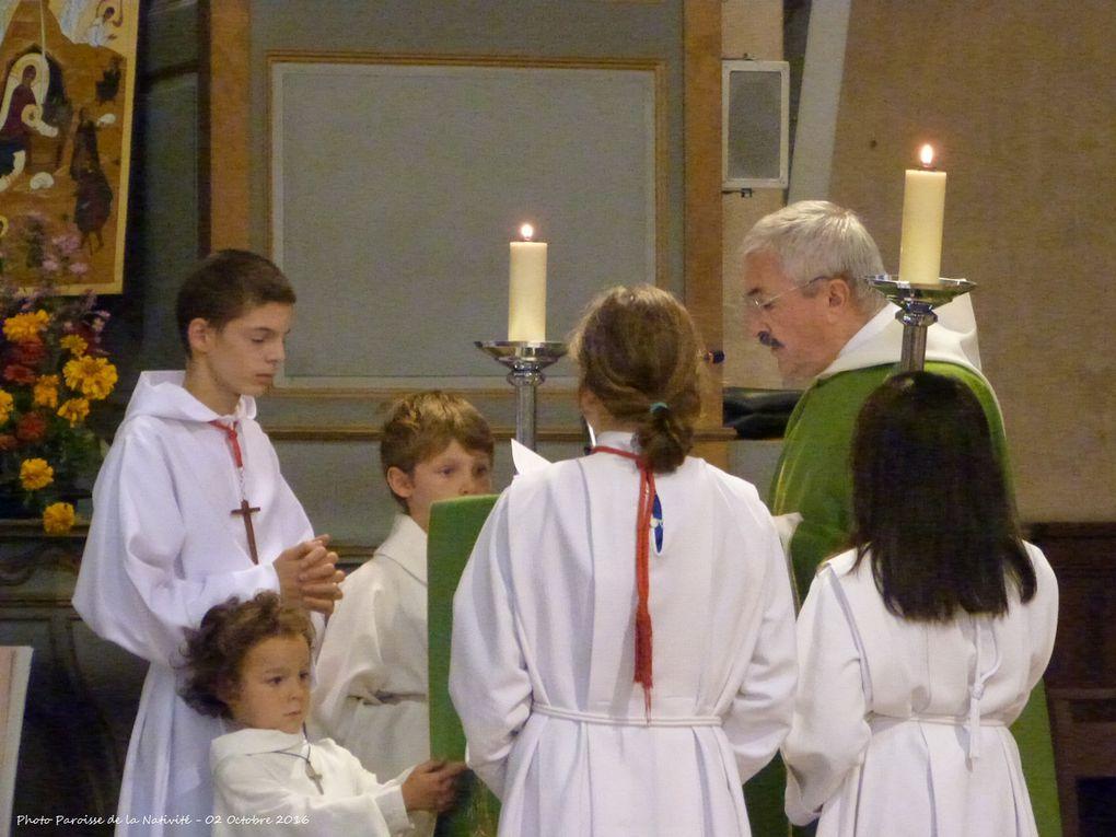 Au début de la messe, bénédiction des cartables