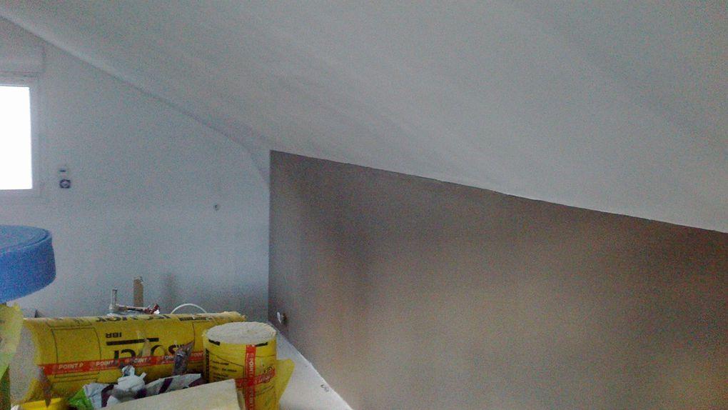 Peinture des murs en brun taupe