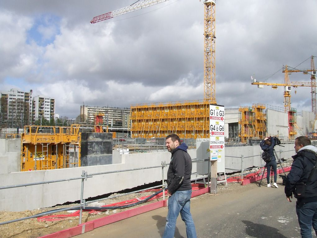 Chapelle International : pose de la 1ère pierre de l'hôtel logistique par Anne Hidalgo, Maire de Paris (15 avril 2016)  Photos Mairie 18° / ASA PNE