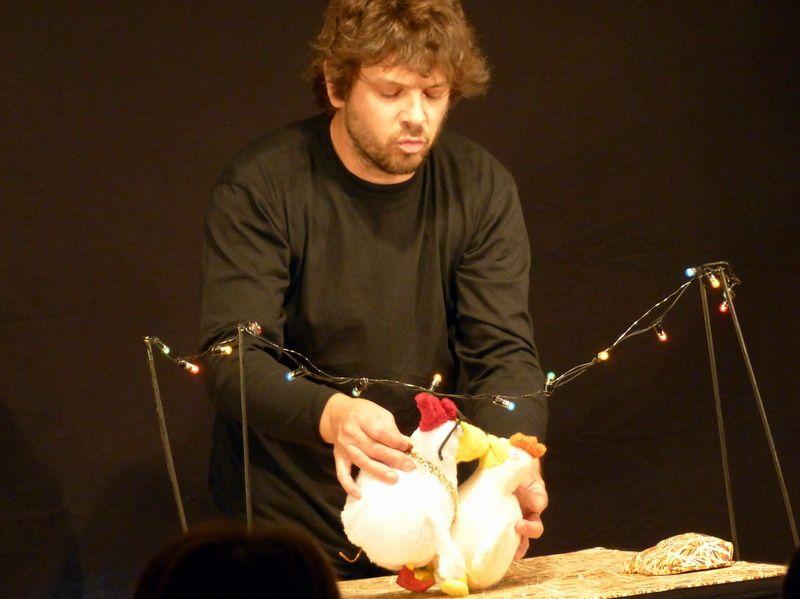 Les histoires d'amour de Cucue la poule