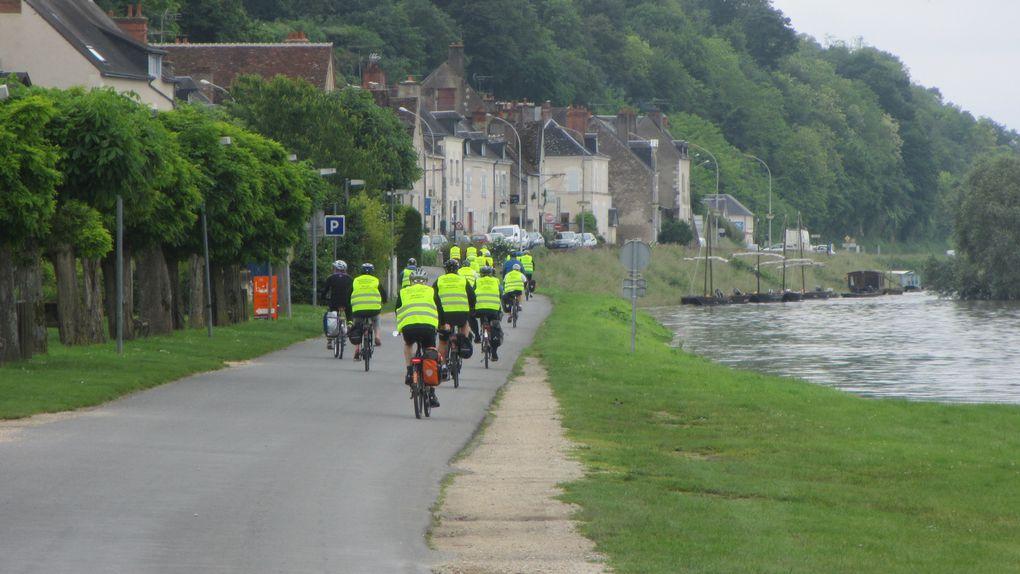 Quand les crues ne sont pas signalées, des cyclistes se retrouvent d'abord le bec dans l'eau puis sur les routes départementales.