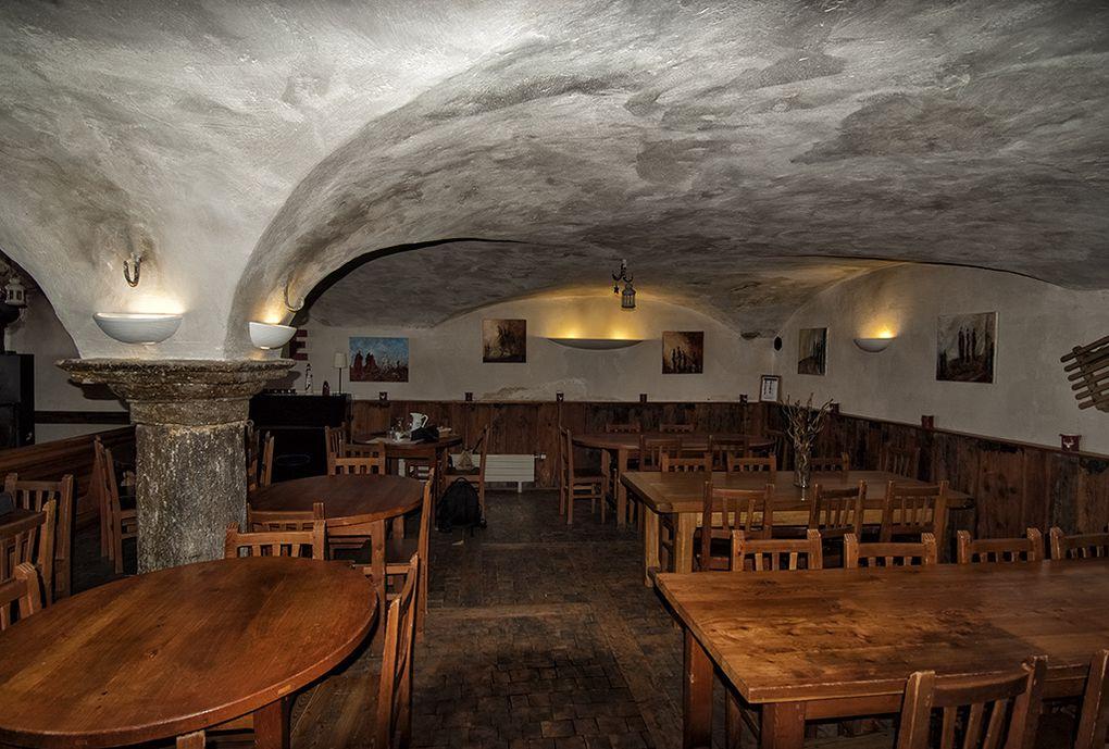La Baïta du Loup : Restaurant - Chambres - Salle de pratique
