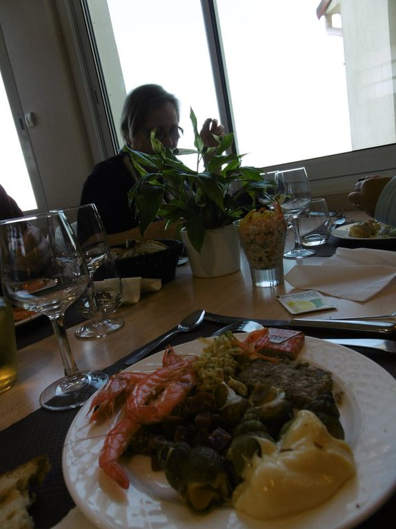 l'Hotellerie associative du Roc St Jean - groupir en chambrée - apéro - dîner