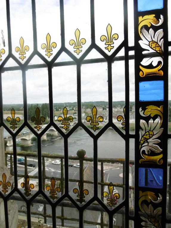 """Amboise et son château royal. en bord de Loire, Léonard de Vinci le """"burné de François Premier """""""