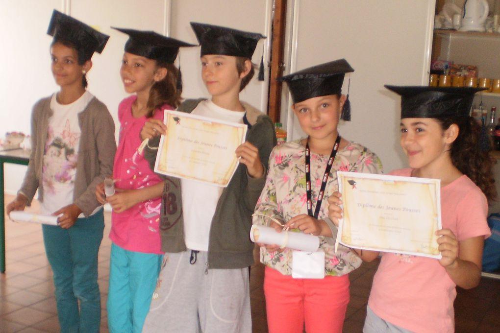 Remise de diplômes pour nos jeunes philosophes, Emma, Hinatéa, Lexandre, Juliette, Eléa et Lynes ...