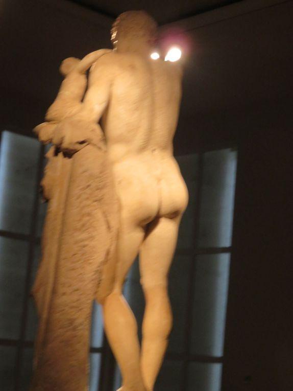 L'Hermès de Praxitèle ou Hermès portant Dionysos enfant (aussi beau de face que de dos !)