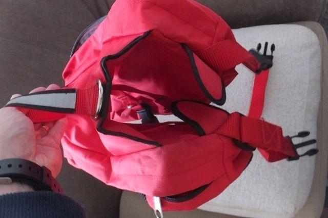 LE SAC A DOS D'UGO 雨果的背包