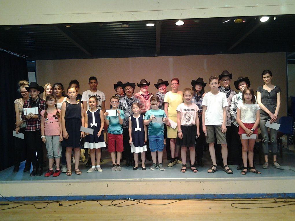 """Concert des élèves à Marmagne, Animation Claquettes au Val d'Auron, Animation Claquettes et Country à La Maison de Retraite de Nohant en Gout, Mariage """"Champêtre"""" Country"""