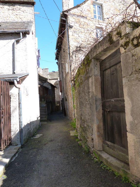 Le petit village de CHIRAC en Lozère