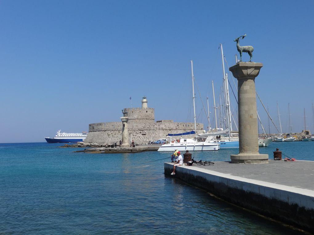 Ile de Rhodes - 6.b/Rhodes : le port de Mandraki