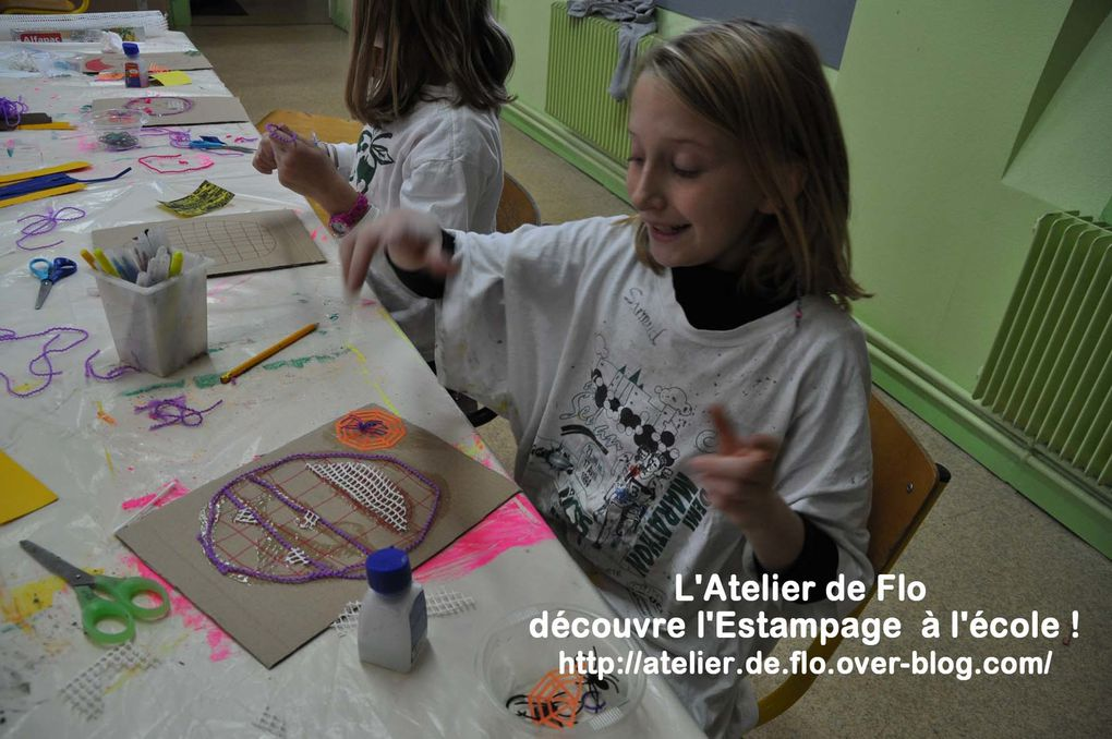 Les jeunes artistes Donchérois en pleine création et en plein tirage de langue verte !!!