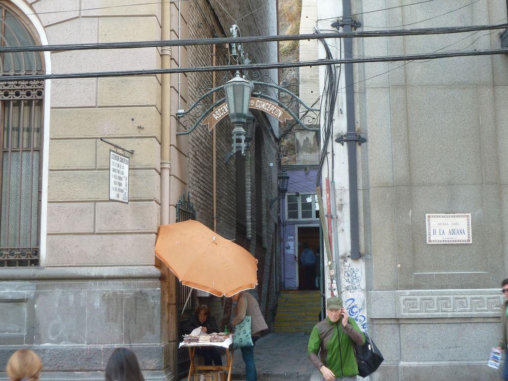 """Des """"ascenseurs"""" permettent de grimper les cerros à moindre fatigue... Certains ont plus d'un siècle!"""