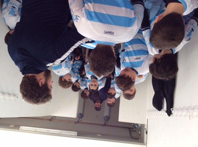 Les M12 étaient sur les terrains de Montauban samedi dernier pour rencontrer les équipes de Tournefeuille et du FCTT. Après la remise des maillots par Yannick Ricardo dans les vestiaires, les petits diables ont profité d'un temps idéal pour remporter les 2 matchs (3-2 Tournefeuille et 3-1 FCTT).