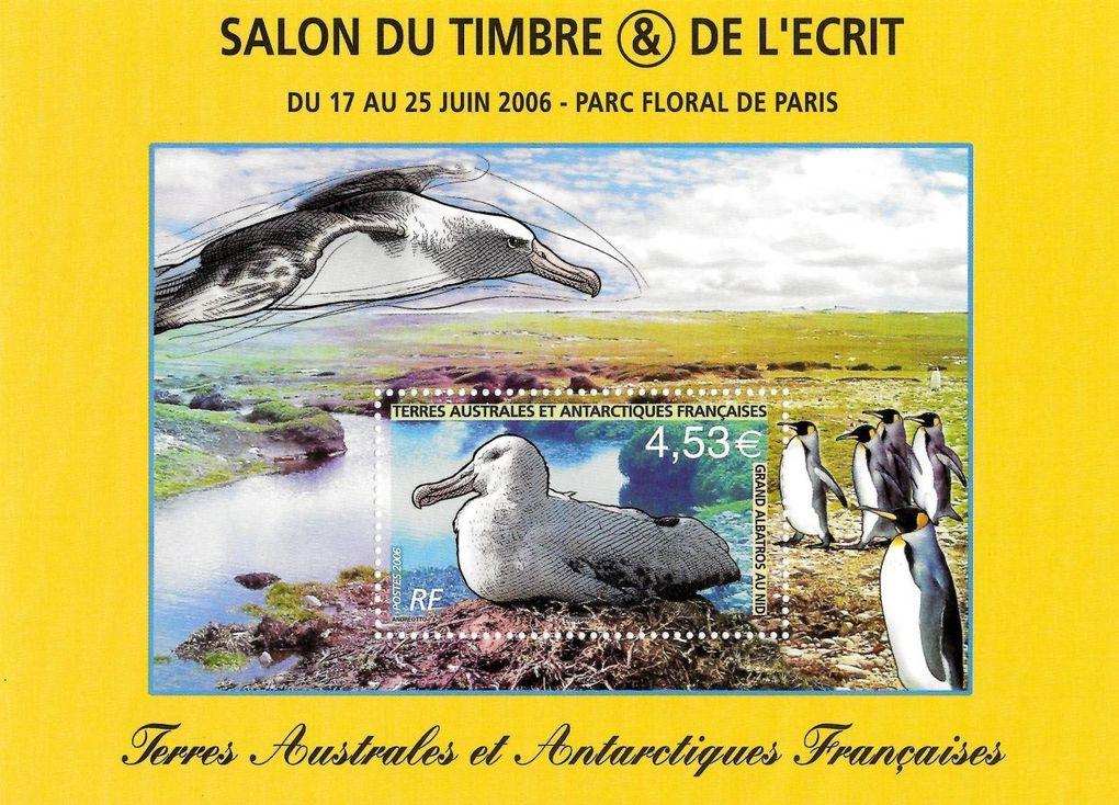 BF n°s 15 et 16 des TAAF. Albatros géant au nid.
