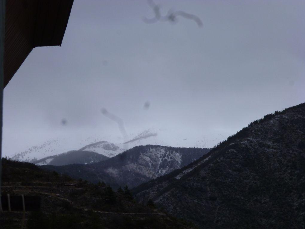 tende sous la neige