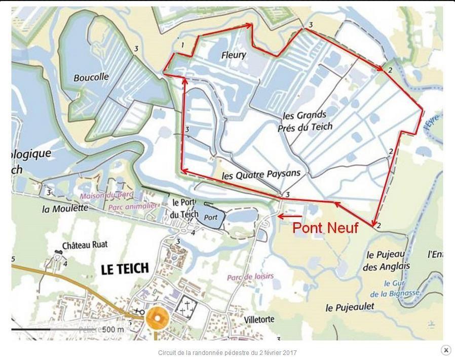 Les marais, prés salés du delta de la Leyre, le petit port du Teich vide de ses bateaux et quelques visiteurss