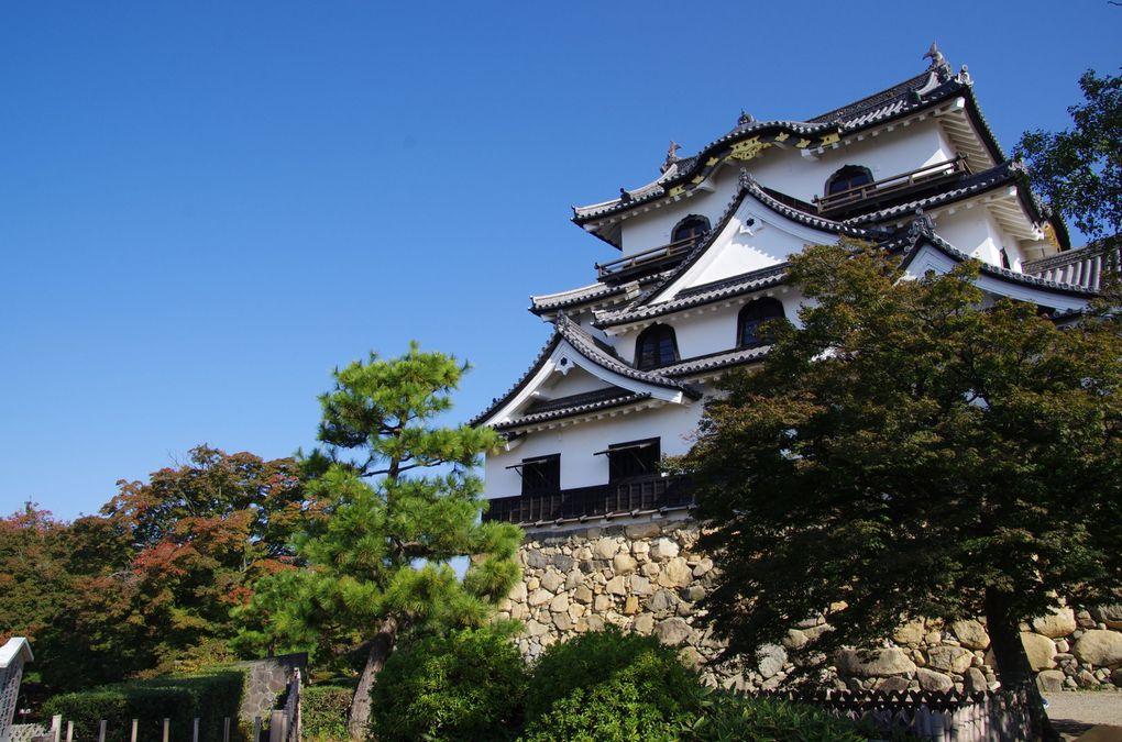 Les escaliers sont raides dans les châteaux japonais ! (Diaporama)