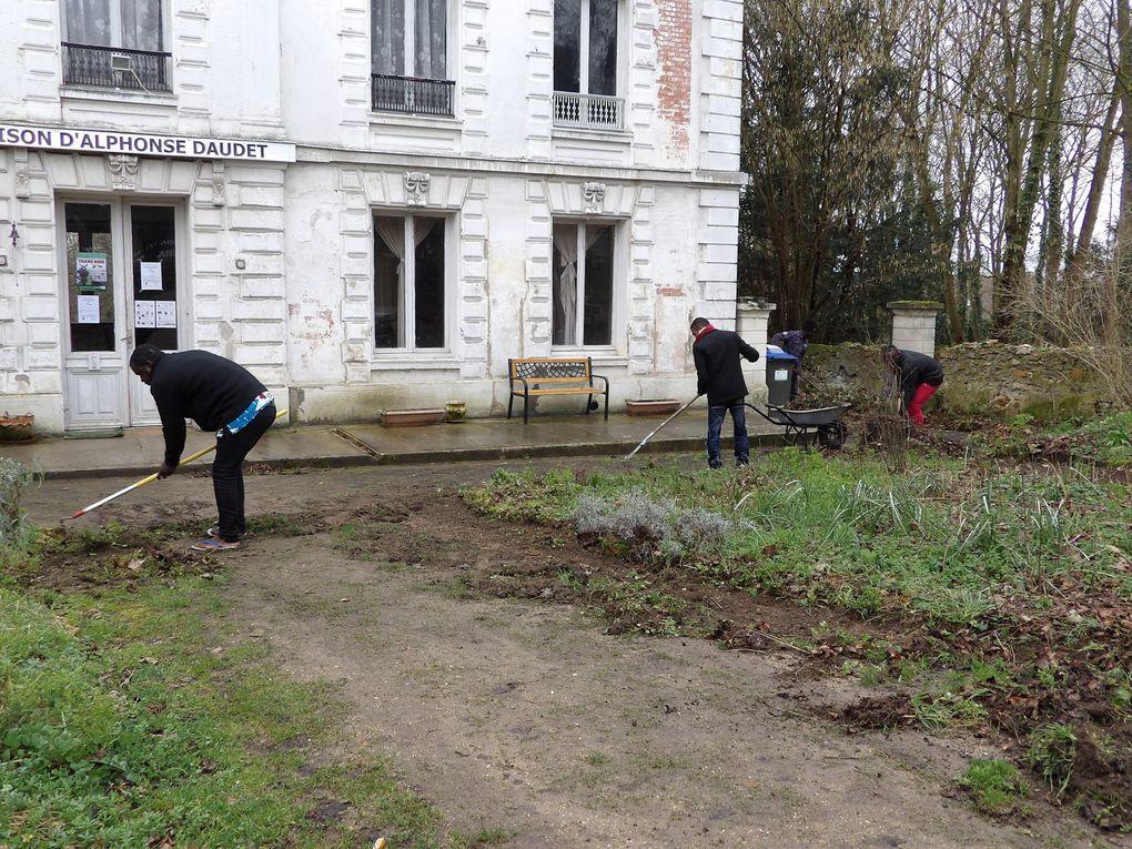 février: les travaux continuent dans la maison Daudet