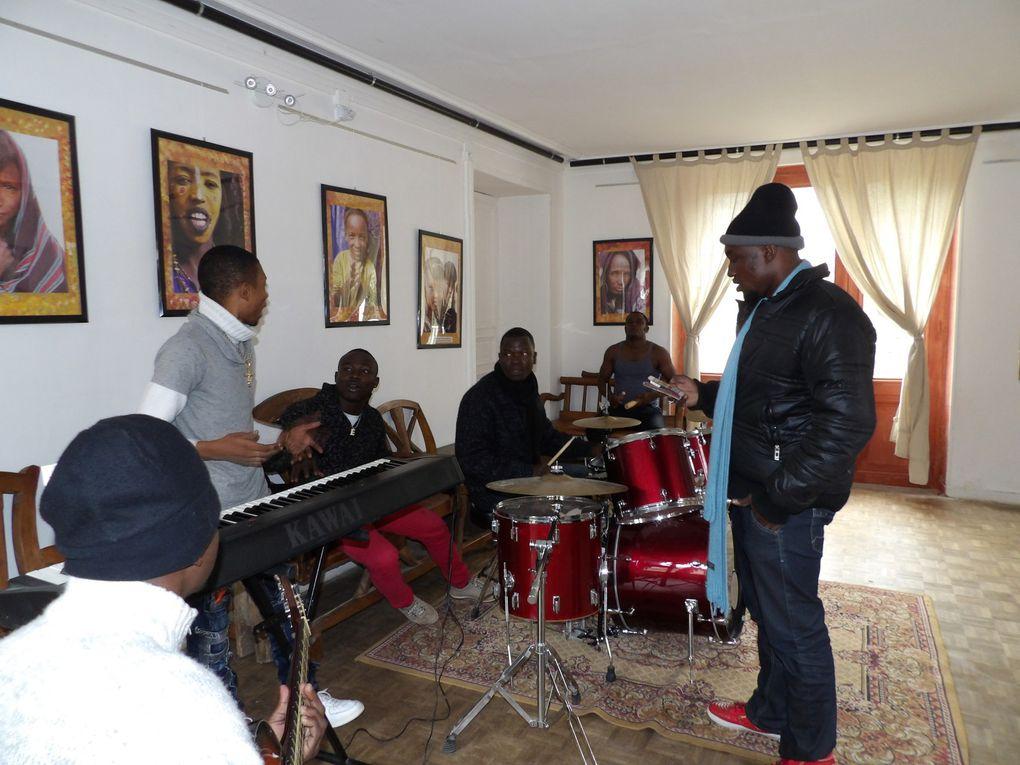 en résidence: &quot&#x3B;Nouvelle Ecriture&quot&#x3B;, groupe musical centrafricain