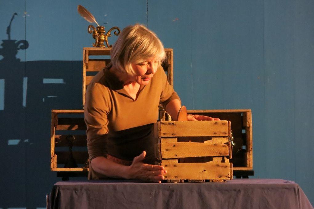 mardi 11 oct: &quot&#x3B;Esther, oie sauvage&quot&#x3B;, de Françoise Crête