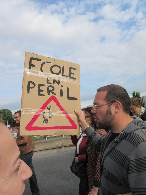 [Vidéo] Education en colère : actions de blocage et occupation de l'inspection académique à Saint-Denis