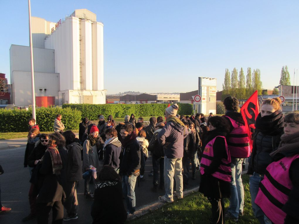 [Photos] Retour sur le 28 avril : blocage du port de Gennevilliers, violence policières, arrestations...