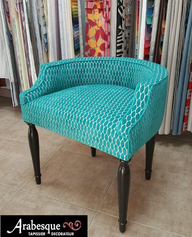 recouverture fauteuil arabesque thiers tapissier decorateur