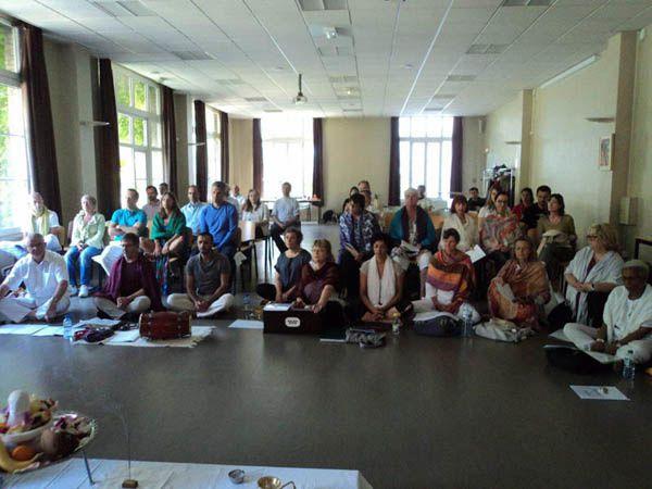 Journée avec swami AJAY-PARIS juillet 2013 Organisé par l'association SURYA WORLD