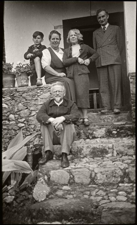 Les photos de Trotsky.