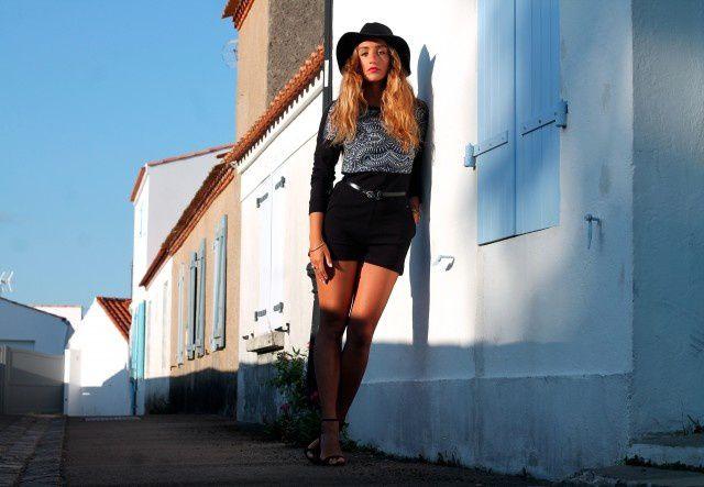 Photographies prisent à Noirmoutier, Kenza est vraiment très talentueuse ! J'espère de tout mon coeur qu'elle continuera dans cette lancée, et j'espère que j'aurai un jour l'occasion de faire des collaboration comme ça ! www.larevuedekenza.fr