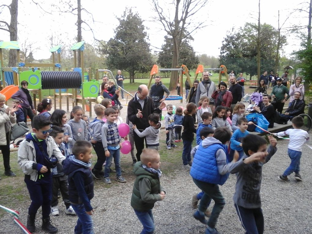 VILLA ANNONI - Inaugurata la nuova area giochi