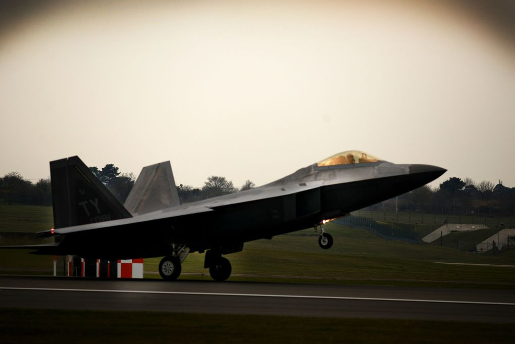 L'US Air Force redéploie des F-22 Raptor en Europe