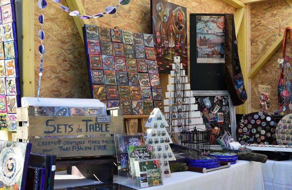 Le village de Noël  à St Céré. Des animations, jeux pour enfants, musiques....(photos : Cédric Détrée)