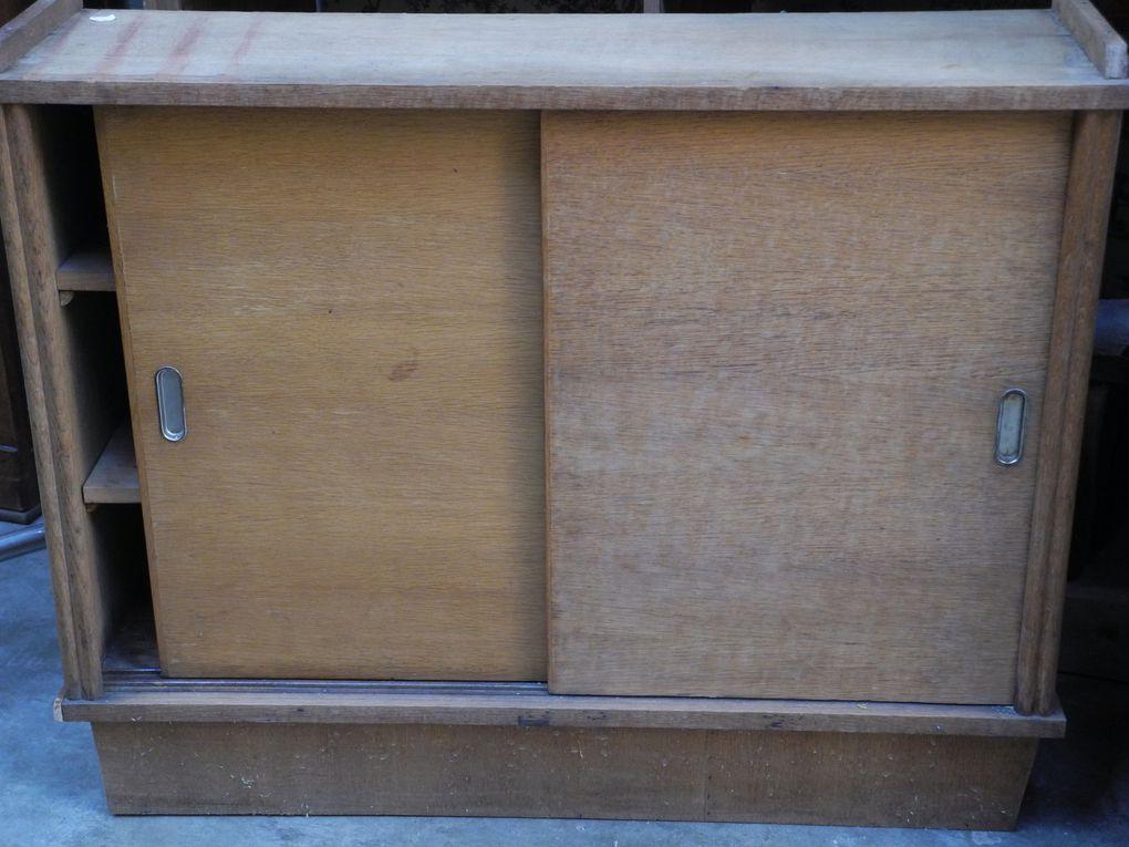 Mobilier d'atelier et petits meubles vintage