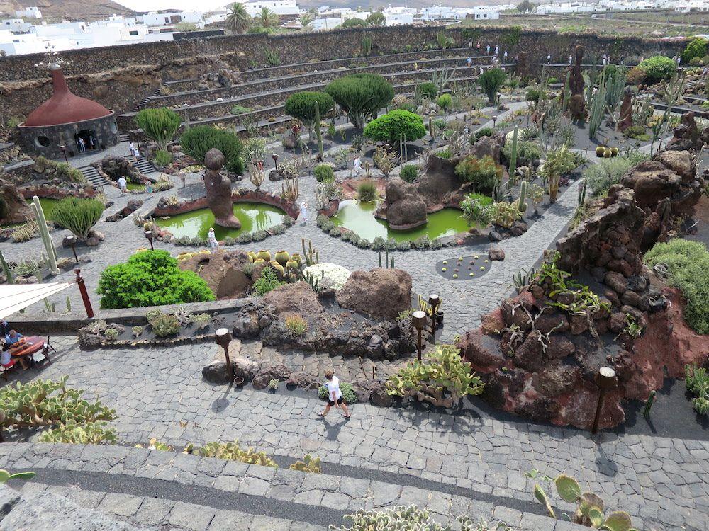 Le jardin de CAPTUS, plus de 1400 variétés y sont représentées.