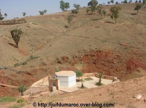 """Site du Saint appelé """"Moul El Ma"""""""