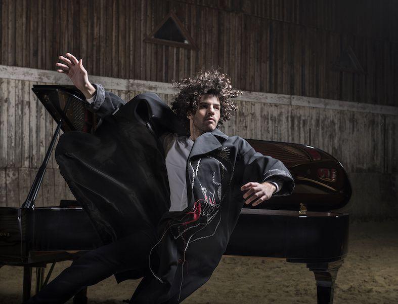 Simon Ghraichy pose pour Leclaireur
