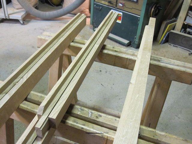 Fabrication d'une fenêtre en chêne. Je la poserai plus tard...