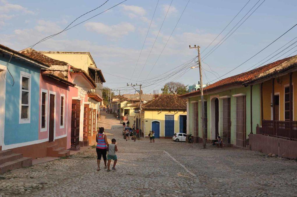Trinidad couleurs pastel