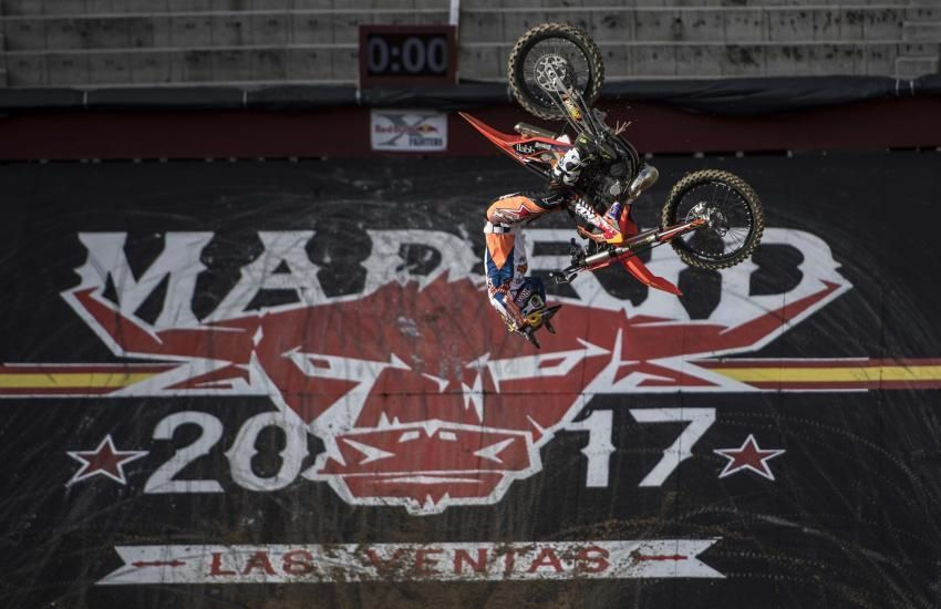 Une sacré épreuve qui représente toute les catégories de pilote au niveau de la discipline du Fresstyle Motocross.