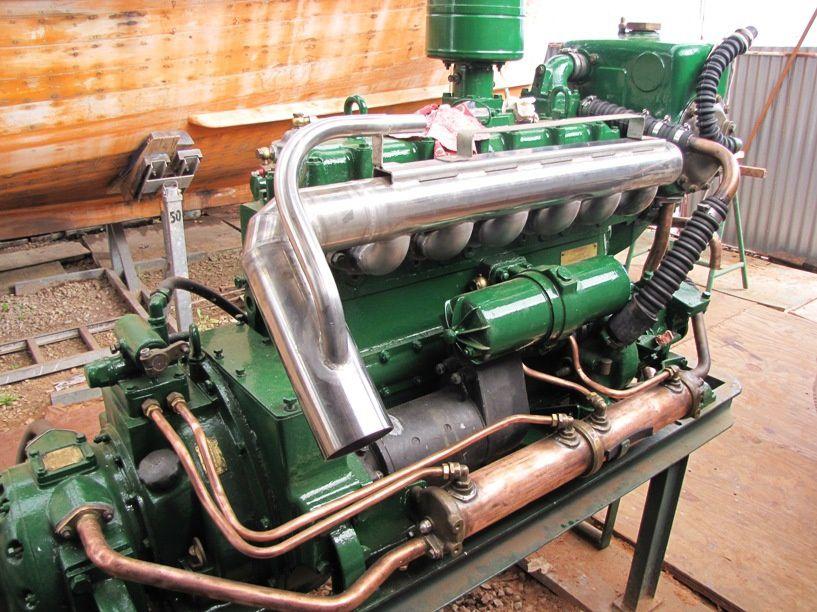 Remontage, lignage et calage de la pompe d'injection &#x3B; circuit de gazole, echappement &#x3B; circuits et réfrigérants d'huile.