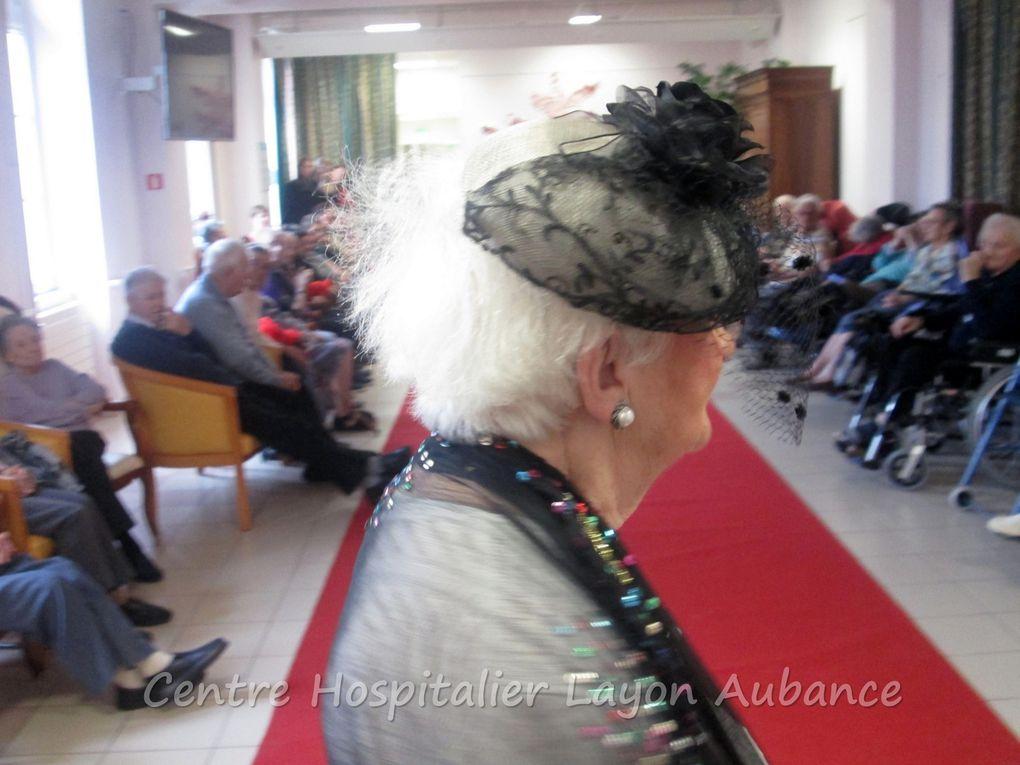 le défilé de chapeaux