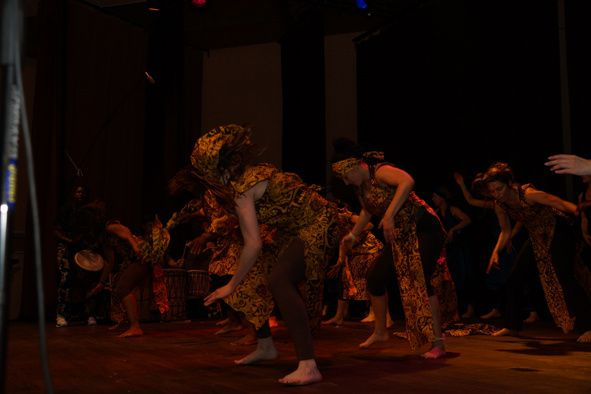 Abolition de l'esclavage - diaporama spectacle 2013 - - Ballet Danse africaine et Gospel -