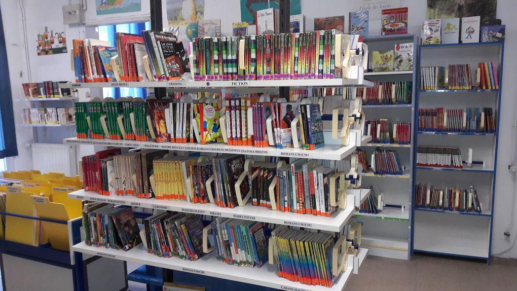 Quelques photos de notre Bibliothèque, la salle des adultes et celle des enfants.