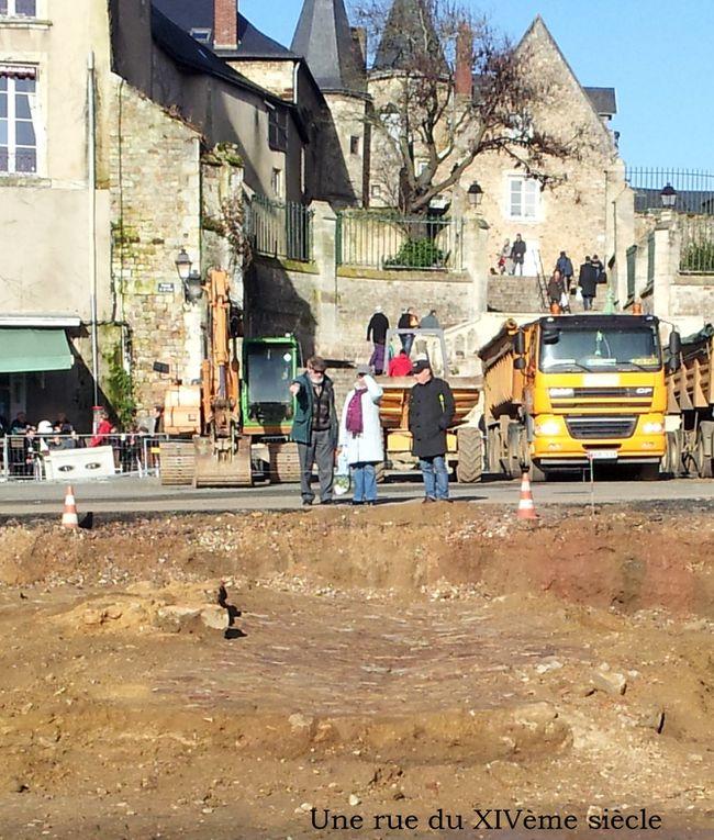 Une rue du XIVème siècle au pied de la cathédrale du Mans