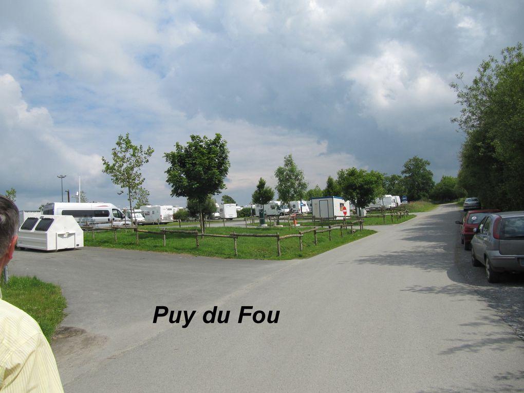 Aire de services pour camping car, cliquer sur la flèche qui est sur la photo