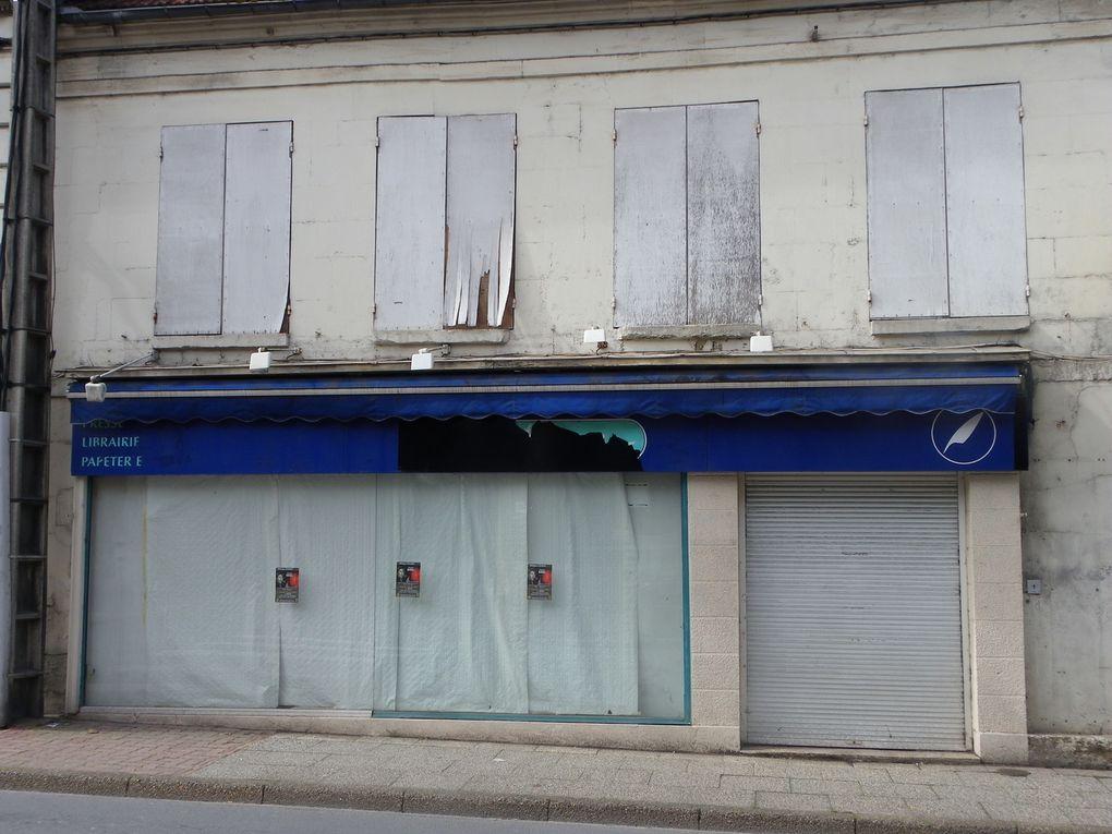 Une sélection de commerces fermés ou en vente dans le centre-ville de Crépy en Valois