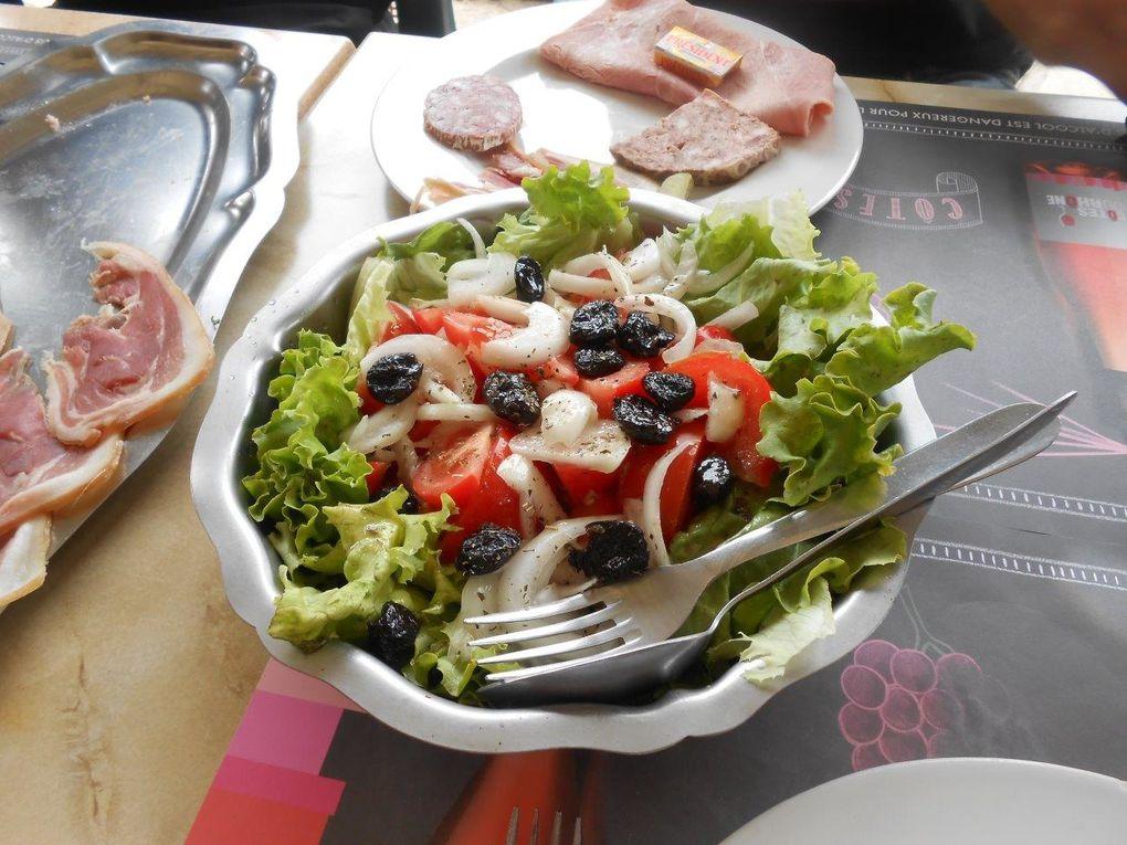 """Ca ce n'est """"que"""" l'entrée, en Lozère c'est pas de la nourriture de moineau..."""