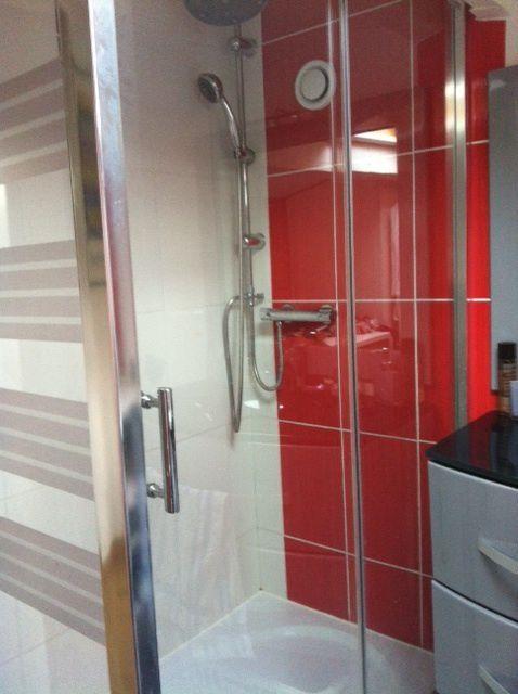 petite salle d 39 eau de 5m2 espace bien utilise guillemetpatrick. Black Bedroom Furniture Sets. Home Design Ideas